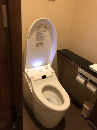 ホテルシーサイド江戸川の客室トイレ