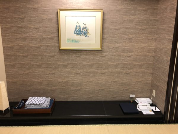 ホテルシーサイド江戸川の和室の踏みの間