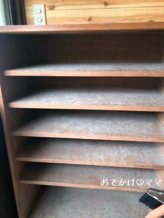 青根キャンプ場の16畳バンガローの下駄箱